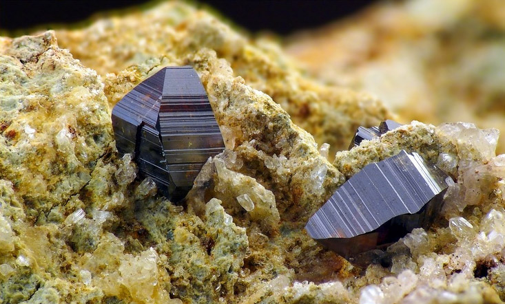 Striated anatase crystals from Balochistan, Pakistan