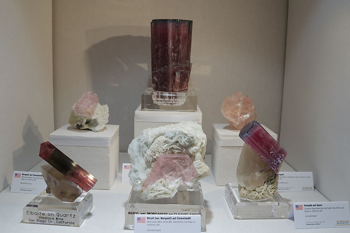 Minerals of lithium LCT pegmatites from California, USA