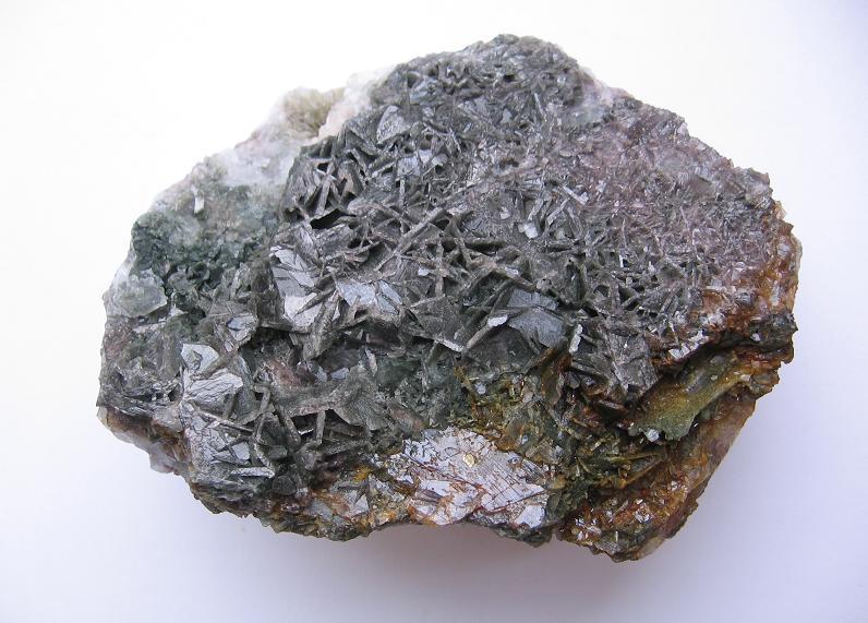 Axinite-(Fe)