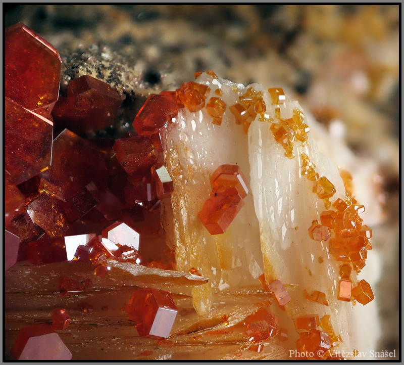 Vanadinite, Baryte