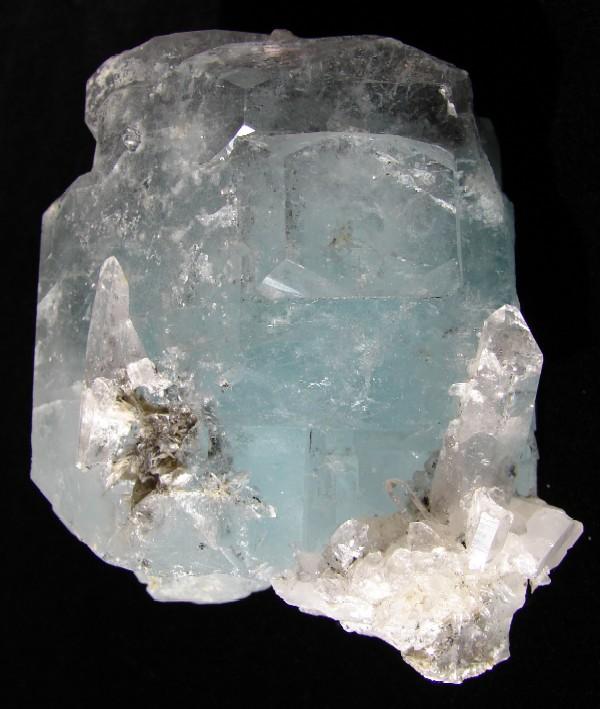 Beryl (var. Aquamarine)