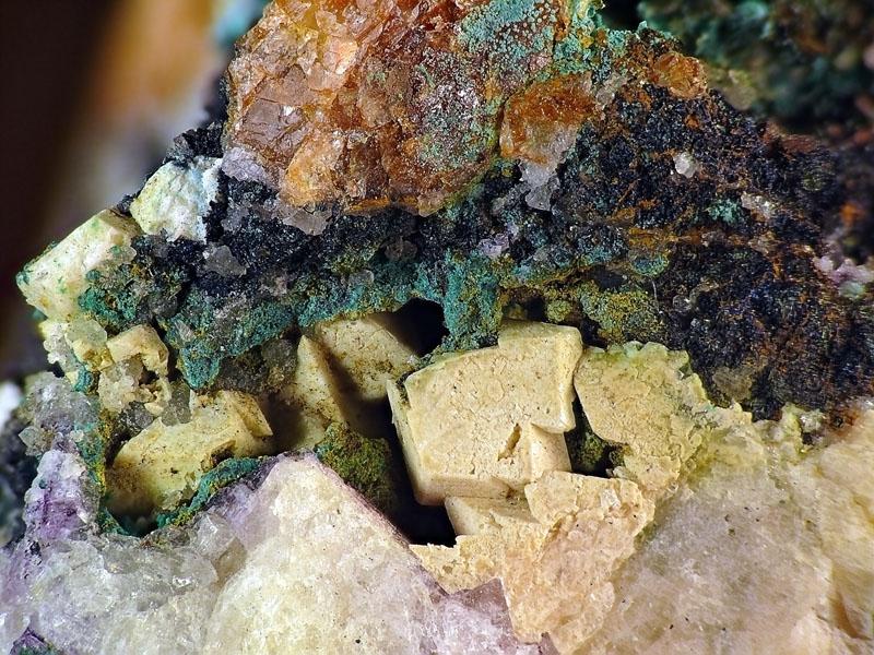 Cerussite, Covellite, Fluorite