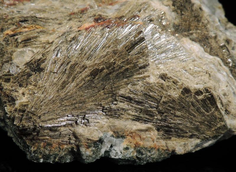 Clinozoisite