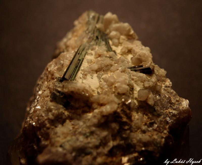 Elbaite (var. Verdelite), Foitite