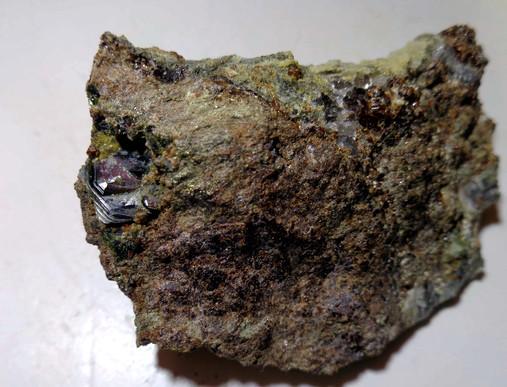 Hematite, Grossular (var. Hessonite)