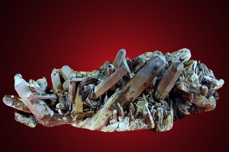 Quartz, Hematite