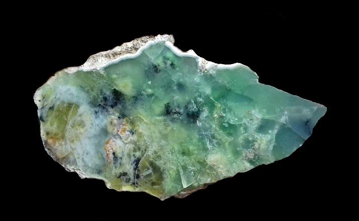 Opal (var. Ni-opal)