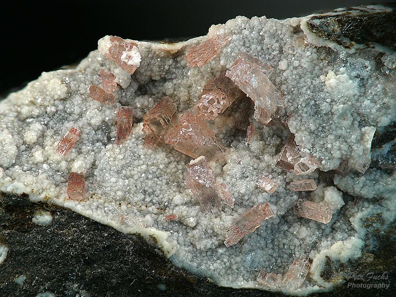 Thomsonite, Phillipsite
