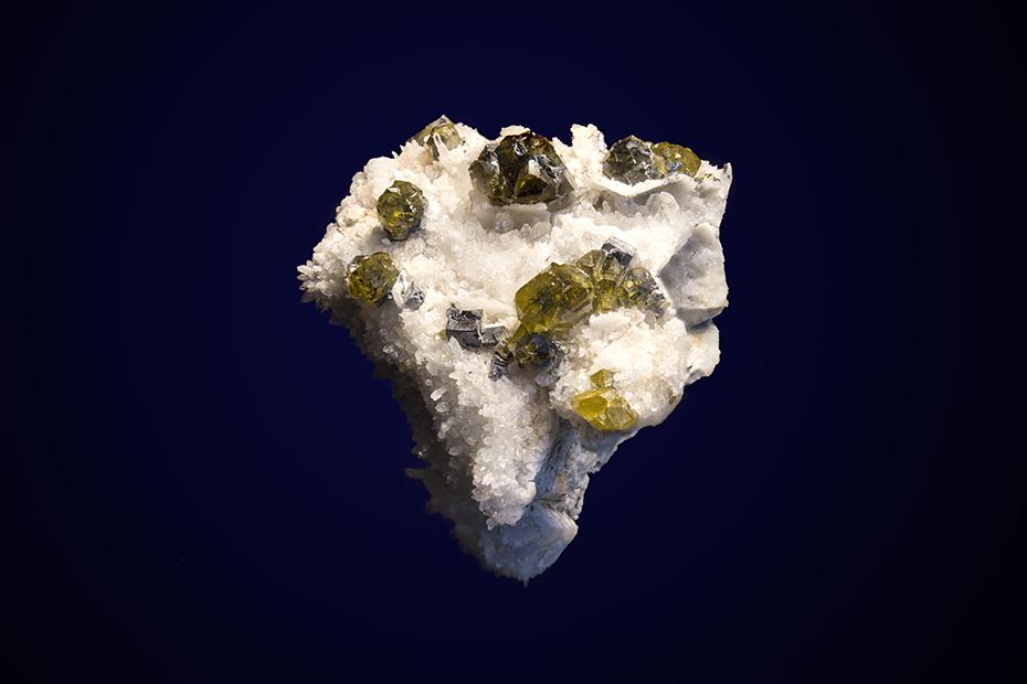 Sphalerite (var. Cleiophane)