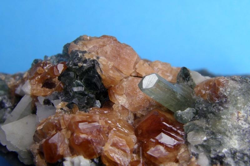 Diopside, Grossular, Chlorite